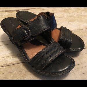 Born black slide Sandals Size 8